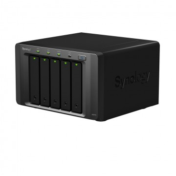 Synology DX513 serveur de stockage